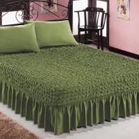 Чехол покрывало на кровать на резинке с 2 наволочками зеленый