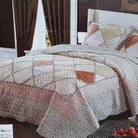 Стеганое покрывало на кровать с наволочками QW-201