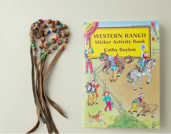 Книга с наклейками Западное Ранчо
