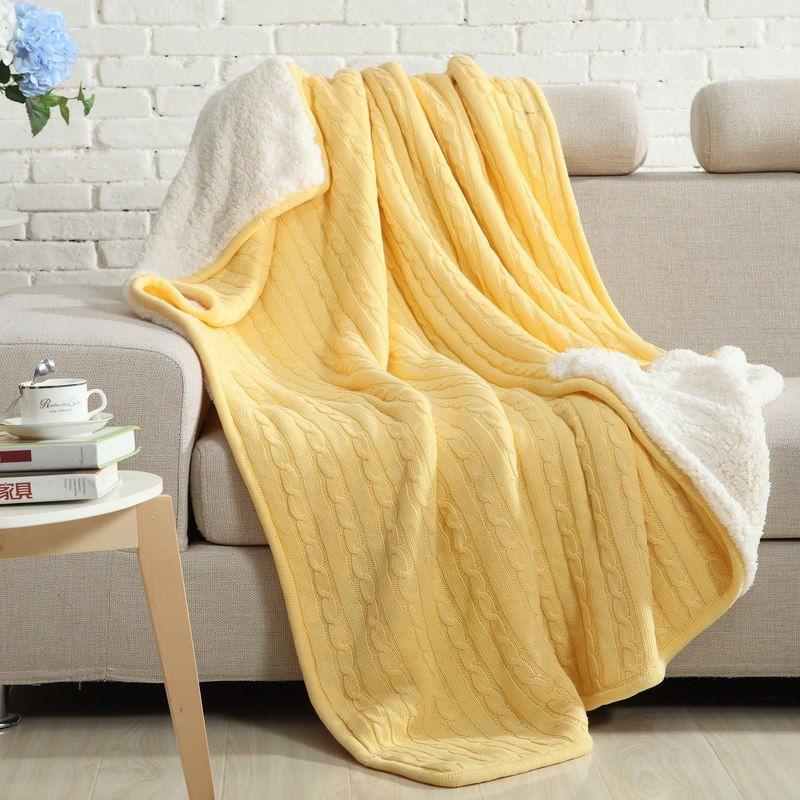 Двусторонний вязаный плед Comfort желтый купить в Москве